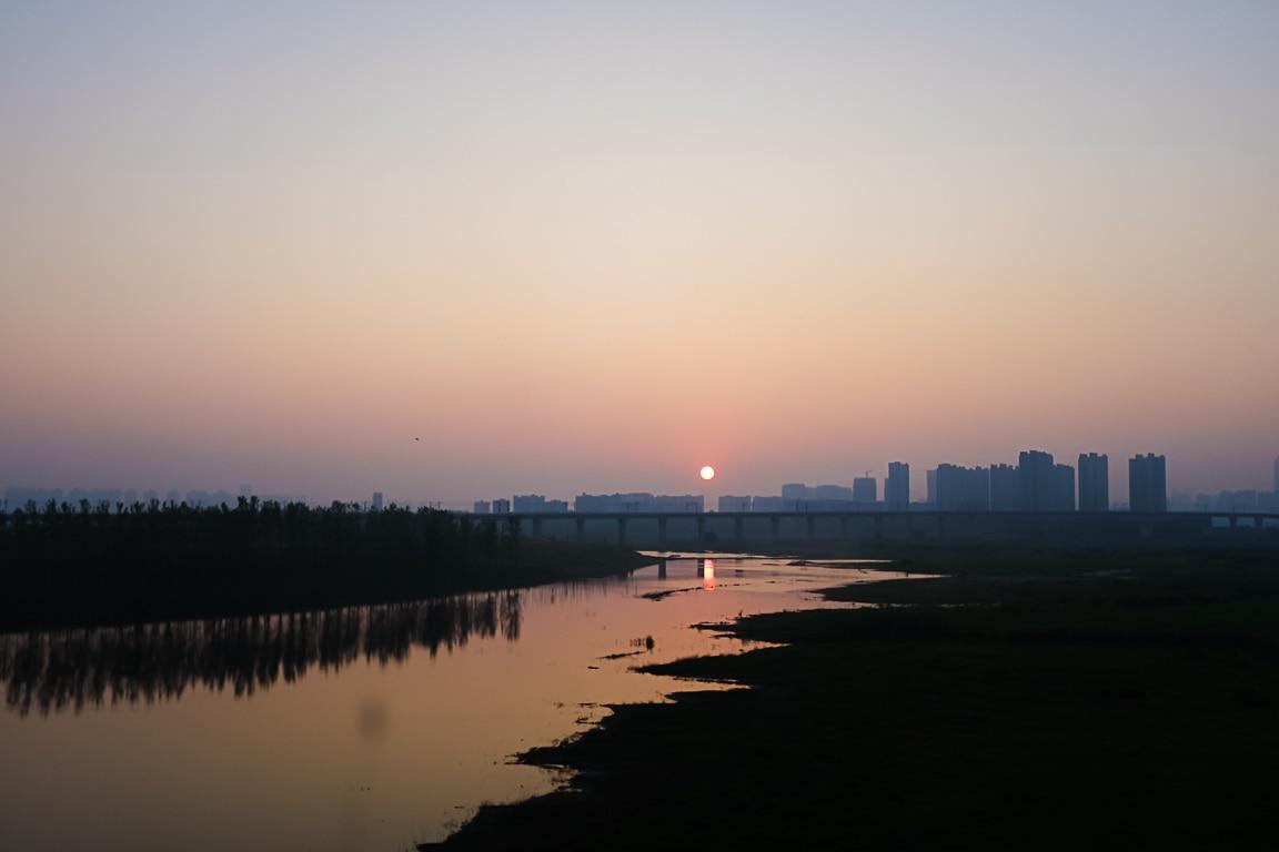 """""""Wuhan Sunrise"""" Wuhan, 2018"""