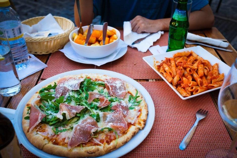 """""""Early Dinner"""" Granada, 2017"""